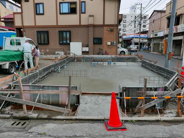 基礎床版コンクリート