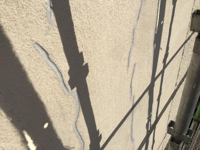 外壁クラックシーリング
