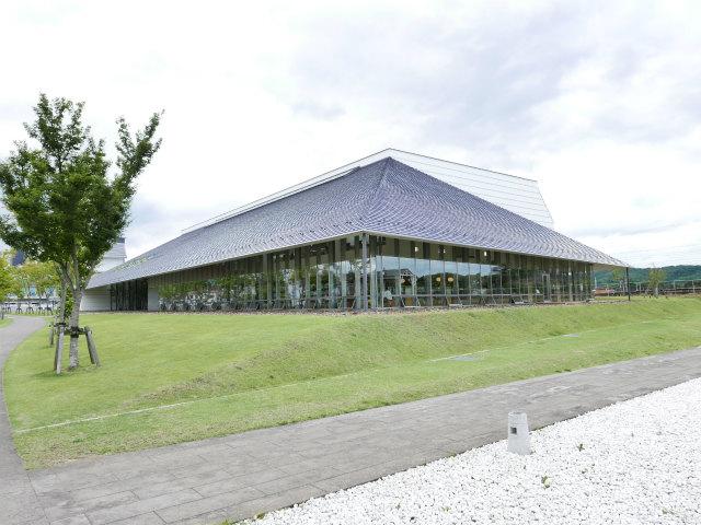 白河図書館1